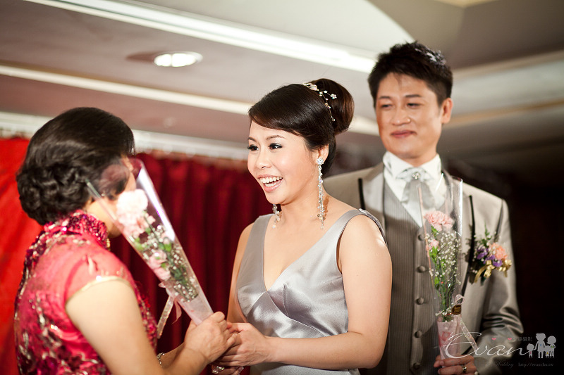 [婚禮紀錄]輝宏&欣怡婚禮攝影午宴_144