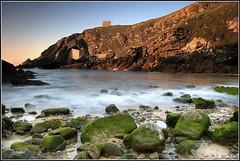 Atardecer en Santa Justa (David Goitia) Tags: santa espaa beach atardecer spain playa medieval cantabria justa larga exposicin