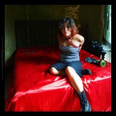 Casarao_IX (mescal-ine) Tags: red art girl azul female fetish photoshop bed artwork mask femme mulher sm bondage rope knot bdsm gas mascara ropes tied bound knots fetiche mescaline entropia cordas shibari casarao nawa strappado kinbaku kimbaku nawashi