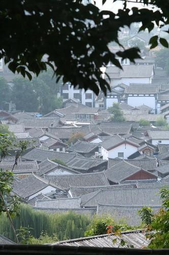 Lijiang's Rooftops