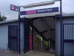 Picture of Bowes Park Station