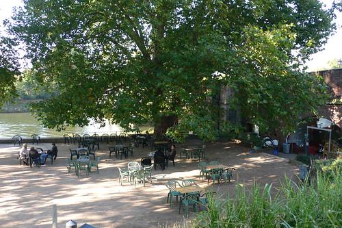 Cafe by Richmond Bridge