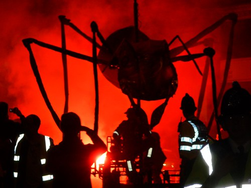 Derby Feste Quad opening with Giant Insects