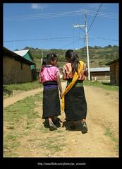 Nias681 (-Karonte-) Tags: nikoncoolpix8700 coolpix8700 indigenaschiapas indigenouschildren niosindigenas altoschiapas josemanuelarrazate