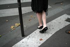 Parisienne (Calinore) Tags: street city woman paris france feet la shoes legs femme jim collection pied pieds iledefrance ville jambes chaussures trottoir escarpins rueparis lacollection chaussuresatalons ejl1 selectionneespargetty