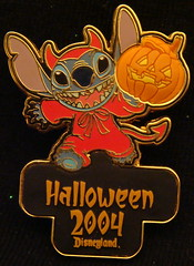 Happy Halloween Stitch as Devil (partyhare) Tags: halloween pin stitch jackolantern disneyland disney mickey devil pintrading disneypin disneypins