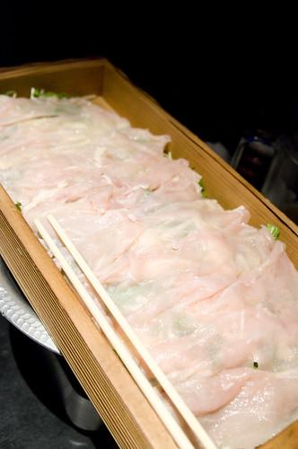 「佐賀 みつせ鶏」コラーゲンとヒアルロンサンの艶しゃぶ鍋, 個室風情 かざがぐるま, 渋谷
