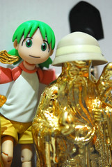 TWO with her new buddy!!! - DSC_5364 (~Nisa) Tags: toy gold one singapore asia chinese idol shovel yotsuba revoltech