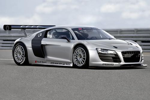 GT3-Spec Audi R8 LMS..