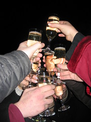 Happy New Year! Cheers! (wodi) Tags: friends party holiday night outdoor toast champagne newyear celebration midnight newyearseve countdown impreza sylwester happynewyear 2007 noc sparklingwine nowyrok przyjaciele 2400 bestwishes szampan 20062007 pnoc witowanie winomusujce odliczanie