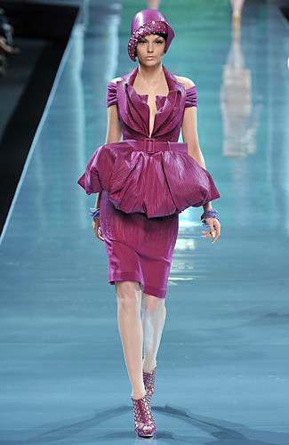 * Cristian Dior .