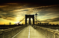 Puente Brooklyn (belthelem) Tags: nyc trip travel bridge sunset ny newyork brooklyn sunrise puente nikon grandmother manhattan hdr viajar nuevayork t100 bigmomma 100faves 50faves d80 35faves 25faves aplusphoto platinumheartaward a3b world100f phvalue thedantecircle oracoob oracosm oracope magicunicornverybest magicunicornmasterpiece obramaestra motmdec10