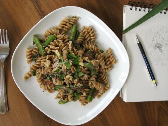 eggplant asparagus basil pasta 001