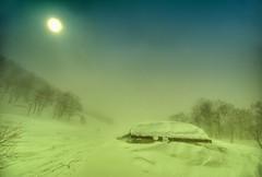 Winter Wasteland (/\ltus) Tags: japan snowshoe hokkaido pentax freehand blizzard hdr niseko trip5 galeforcewinds annupuri 5xp k10d japanhdr 200802