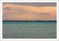Bleu et Rose MG_1208 (photostudio63 photographe clermont ferrand) Tags: voyage travel sunset sea mer horizontal ile equateur asie maldives coucherdesoleil puestadelsol océanindien superbmasterpiece herathera photostudio63 photographeclermont63fr photostudio63fr photographeclermontferrand photographeclermont63com photostudiocom thierrytavares