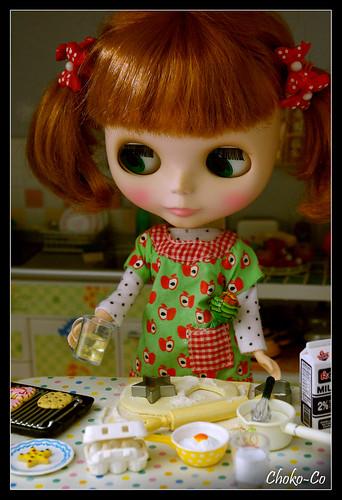 Miam miam, Dorine is making cookies ! by Choko-Co.