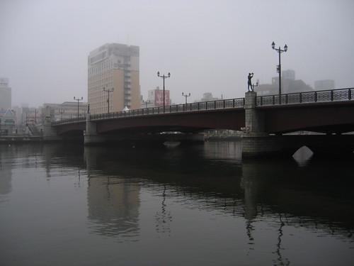 有河有美麗的橋,真好!