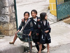 A year Ago: Sapa - Northern Vietnam (p.folrev) Tags: kid vietnam sapa 2007 noff