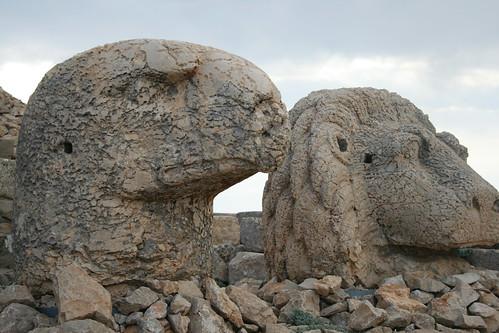 פסלי חיות בהר נמרוד, טורקיה