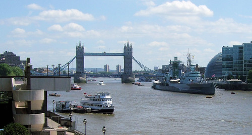 London Thames: photo credit Jim Linwood on Flickr