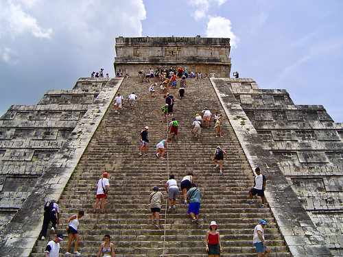 El Castillo Chichen Itza Tattoo Designs