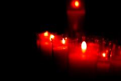 ろうそく (Bernat Nacente Foto) Tags: barcelona santa red church del 50mm mar spain candles fuji maria f14 melody finepix pro fujifilm vermell catalunya nikkor サンタ s5 スペイン esglesia espelmes バルセロナ 赤 教会 ろうそく ロウソク espelma nohdr マリア mywinners マル s5pro カタルニャ デル