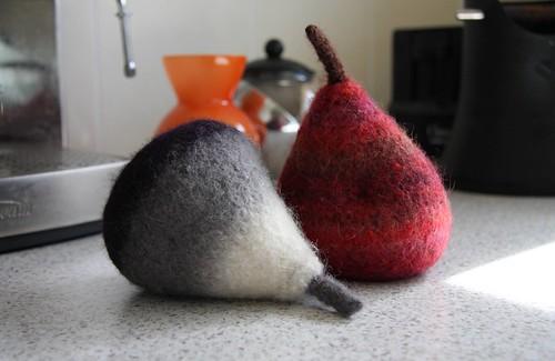 gothy pears 3