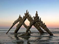 crane's beach #15 (sandcastlematt) Tags: sunset sculpture castle beach sand massachusetts drip sandcastle sandsculpture ipswich cranebeach cranesbeach bostonist dripcastle universalhub dripsculpture
