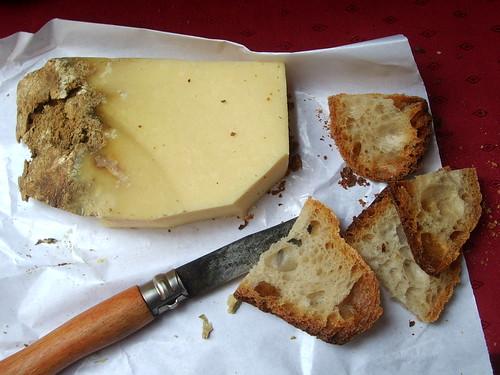 Cantal Vieux et Pain