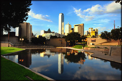 Dallas from Reunion Arena (crowt59) Tags: blue sky dallas nikon texas d300 reunionarena getrdun aroundus crowt59 1685mmvriizoom