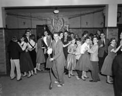 Valentine dance, school