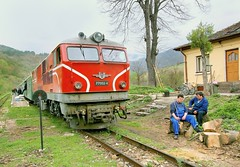 Overcast day on the narrow gauge, Bulgaria, 23 April 2006 (Ivan S. Abrams) Tags: arizona ivan abrams smrgsbord tucsonarizona 5photosaday 12608 onlythebestare ivansabrams trainplanepro pimacountyarizona safyan arizonabar arizonaphotographers ivanabrams cochisecountyarizona ivansafyanabrams arizonalawyers statebarofarizona californialawyers copyrightivansafyanabrams2009allrightsreservedunauthorizeduseprohibitedbylawpropertyofivansafyanabrams unauthorizeduseconstitutestheft thisphotographwasmadebyivansafyanabramswhoretainsallrightstheretoc2009ivansafyanabrams abramsandmcdanielinternationallawandeconomicdiplomacy ivansabramsarizonaattorney ivansabramsbauniversityofpittsburghjduniversityofpittsburghllmuniversityofarizonainternationallawyer