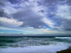 cel ennuvolat  a pals (ART RURU FOTO) Tags: mar fred aigua nuvols tff1
