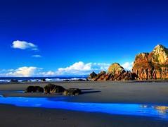 02974[1] (ORIGIN@L) Tags: blue azul reflections mar playa arena explore nubes favoritas olas vacaciones rocas reflejos tranquilidad fantastica sensacionales