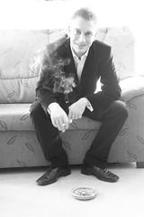 Delirium Tremens (CRITICbabilon) Tags: maana contraluz zapatos alcohol delirium fumar cartagena traje cenicero tremens resaca trajeado upct maanero