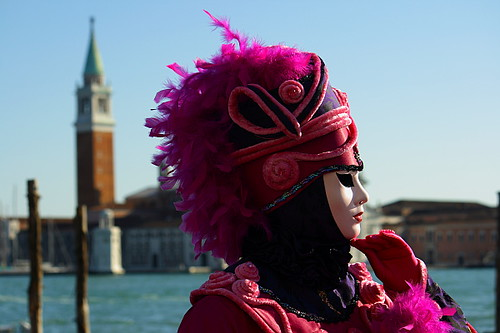 lady in pink | Carnevale