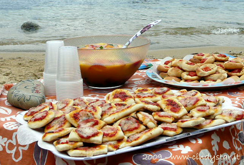 pizzette on the beach
