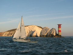 True at the Needles? (I think NOT!) (GrahamAndDairne) Tags: true nz solent needles cheat wbnawgbeng