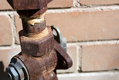 Gas-leak-safety-tips