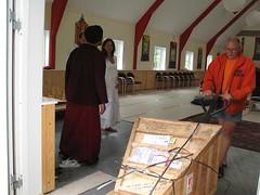 Buddha arriving to lhakang