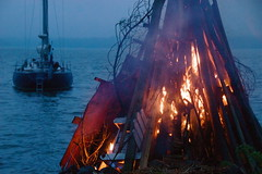 Bonfire 2008 (wili_hybrid) Tags: summer june sailboat finland geotagged outside outdoors boat photo yahoo nikon europe flickr european exterior midsummer photos outdoor picture pic bonfire wikipedia nordic d200 scandinavia 2008 geotag midsommar scandinavian porvoo juhannus borg nikond200 grundvik year2008