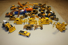 1:87 (Set and Centered) Tags: scale construction model earth equipment 187 movers diecast