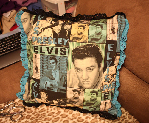 Elvis pillow from Gloria