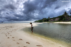 Footsteps Of Desire (Ragstatic) Tags: travel sky holiday tourism beach water indonesia relax island boat google search nikon singapore rooms earth rags room explore chalet stay bintan blending visiongroup d700 explorefp nikoi vision100