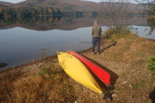 les kayaks attendent ...