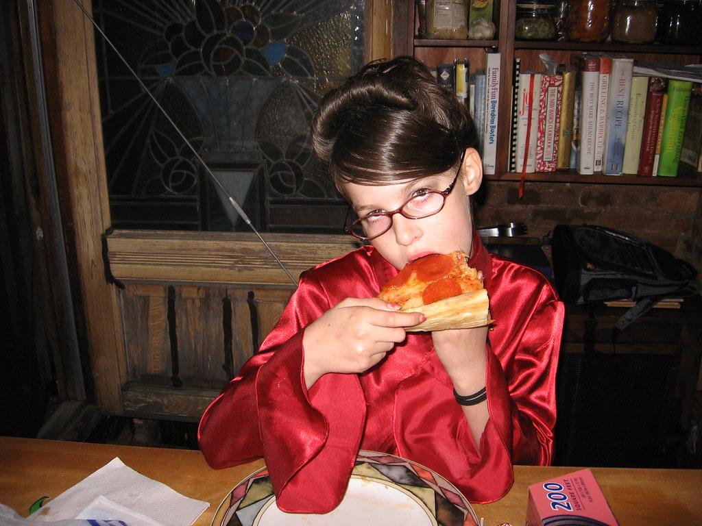 aa9d94808a Tina Fey eats pizza (jpotisch) Tags  halloween sarah costume election pizza  tina nina