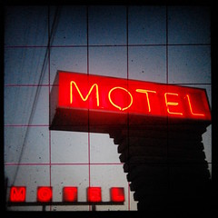 Motel MOTEL (ttv) (Jeremy Stockwell) Tags: old city urban sign vintage grid twilight nikon neon glow power dusk motel cable powerlines anderson cables wires photofriday groundlevel vignette yashica oldsign urbanlandscape lowperspective vintagesign yashicamat glows groundglass d40 ttv throughtheviewfinder jeremystockwellpix andersonindiana twtmewpcjs nikond40 cableicious johnsonsmotel photofridaydusk yashicattv yashicamatttv