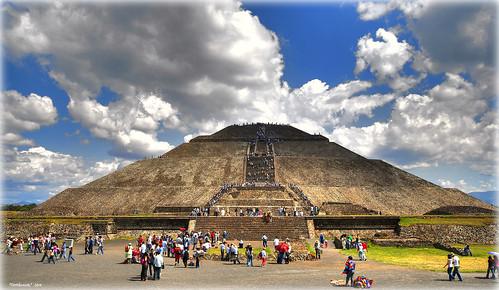 la piràmide del Sol por Seracat.