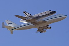Space Shuttle Flyover (saroy) Tags: texas aircraft houston nasa clearlake shuttle spaceshuttle carrier 747 johnsonspacecenter endeavour sts126 n911na 747100sr