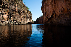 Katherine Gorge (spaceodissey) Tags: reflection water river rocks fiume australia canyon gorge rocce acqua gola riflesso nothernterritory 400d nitmiluknationalpark